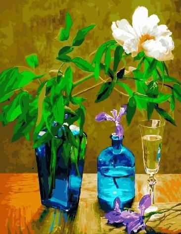 Картина по номерам 40x50 Один цветок и 3 вазы