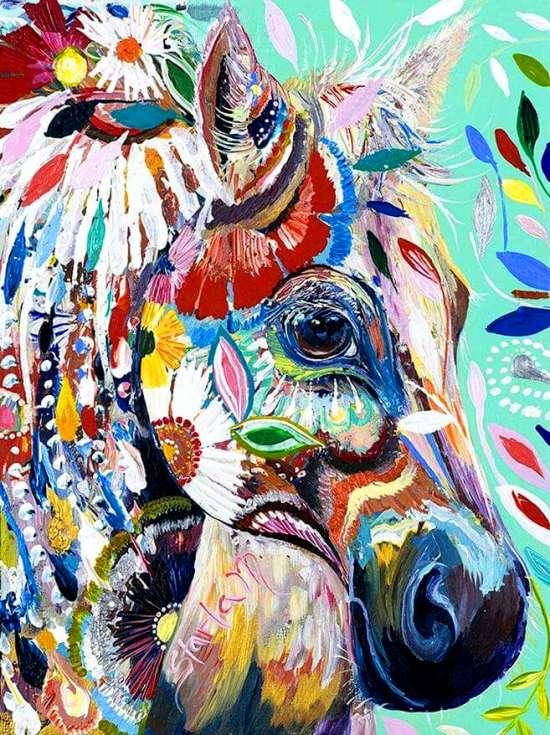 Алмазная мозаика 40x50 Яркий конь в украшениях из цветов