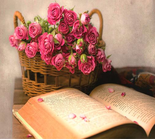 Алмазная мозаика 40x50 Натюрморт с книгой и корзиной роз