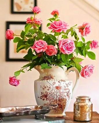 Картина по номерам 40x50 Букет розовых роз в кувшине