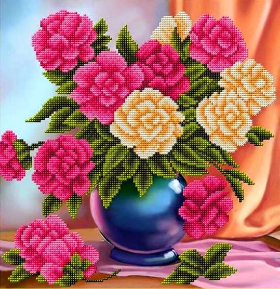 Алмазная мозаика 30x40 Букет красных и желтых роз в голубой вазе